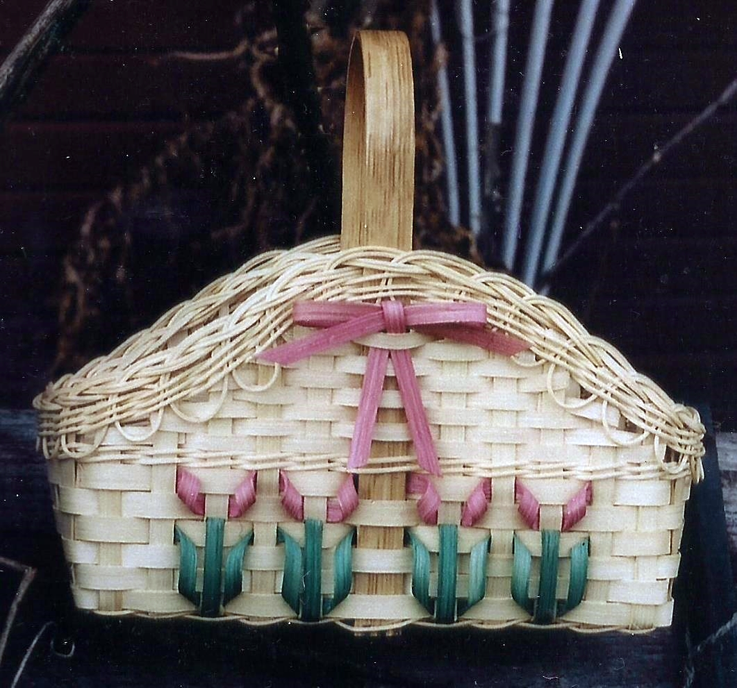 May Flower Basket Pattern