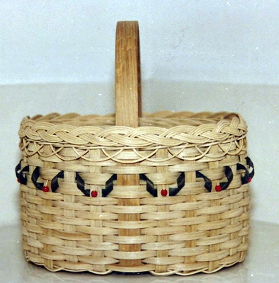 Oval Basket With Holly Pattern