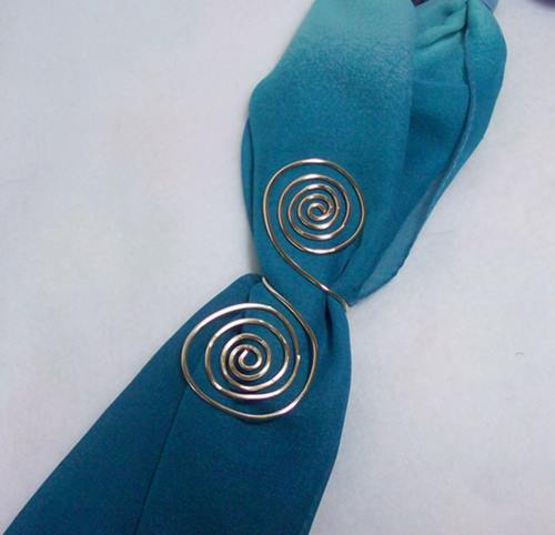 Gold Swirls Scarf Accent